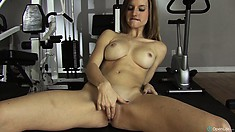 Ashley Hills likes to stay alone at gym and finger her sweet kitten