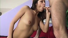 Horny college babe loves to have him pulling her hair while pounding her snatch
