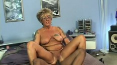 Horny bootylicious old bitch wants to have unforgettable fuck with young dude