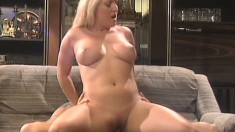 Stacked blonde Calli Cox takes every inch of a big prick in her pussy