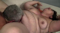 Bella Bendz has an older guy eating out and fucking her needy snatch