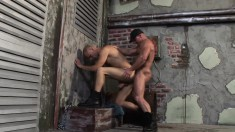 Alfredo and Ric Hammer exchange blowjobs and enjoy wild bareback sex