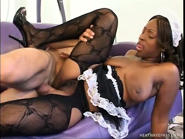 Порно черная шоколадка горничная мужчины