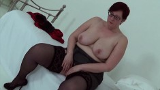 Big and beautiful housewife Jayne disrobes to play with her thatch