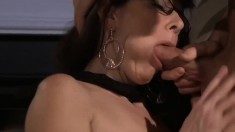 Great milf with big boobs seduces a guy
