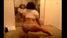 Cute nympho teen webcam striptease