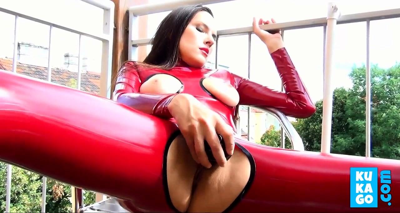 Бесплатное порно видео red
