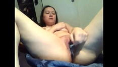 Cute Amateur Masturbates With A Toothbrush